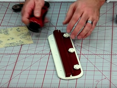 How to use the Linear (Manual) Shapener with 45mm blades